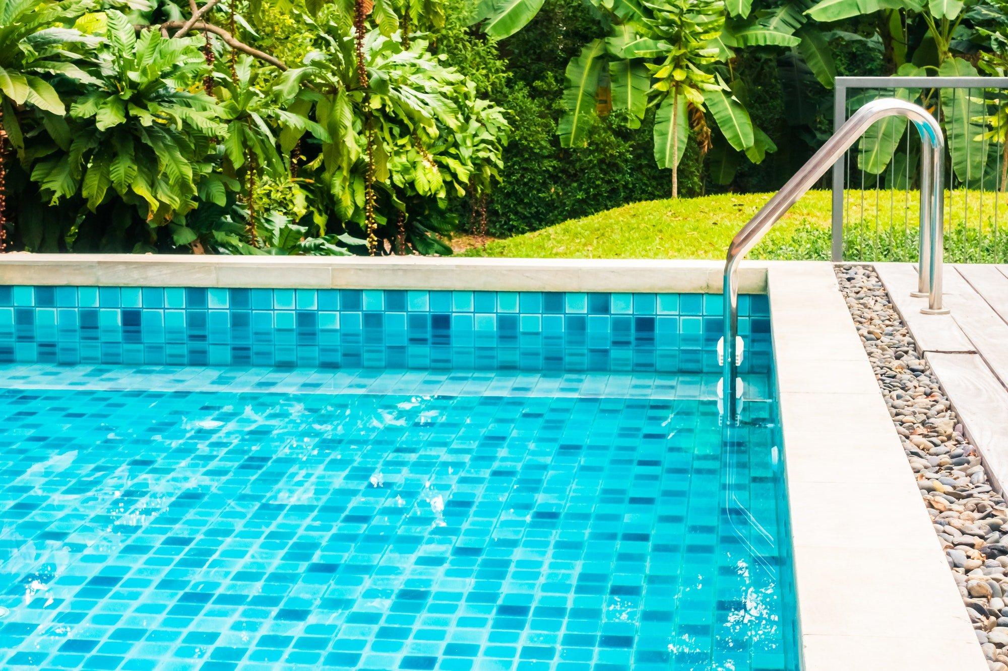 Construcción y Reforma de Piscinas Outdoor swimming pool